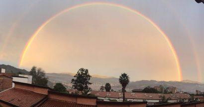 (VIDEO) 15 de Septiembre – Medellín amanece con Arco Iris Doble